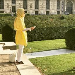 woman at Jardin des Tuileries